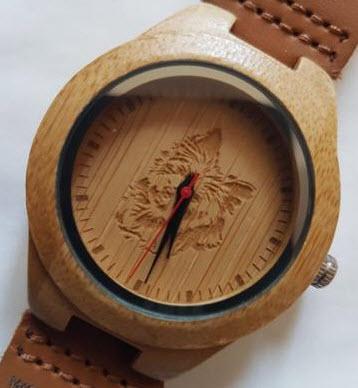 Reloj Woodenson personalizado con la imagen de nuestra querida Nika