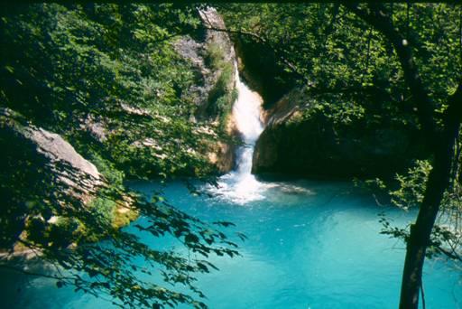 Nacedero del Río Urederra. Foto: Parque Natural de Urbasa-Andia