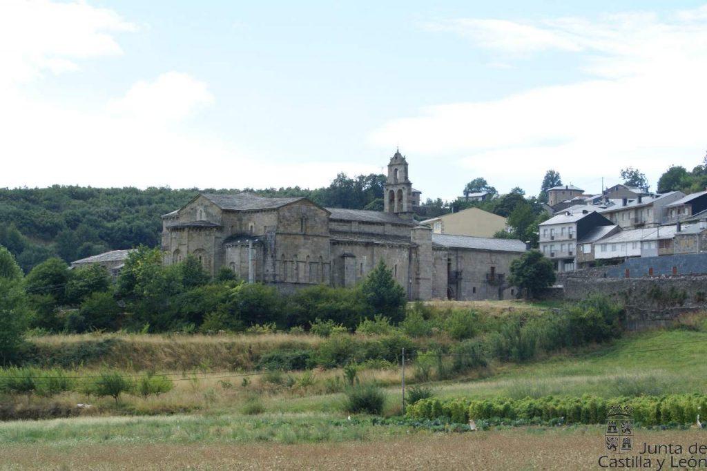 Monasterio de San Martín de Castañeda, Senda de los Monjes. Foto: Turismo de Castilla y León