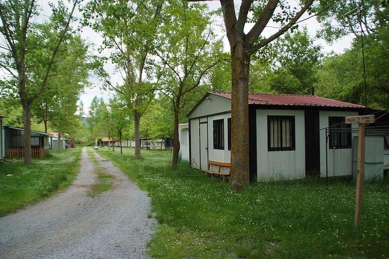 Dónde dormir en Los Cameros en compañía de tu peludo: Camping Los Cameros