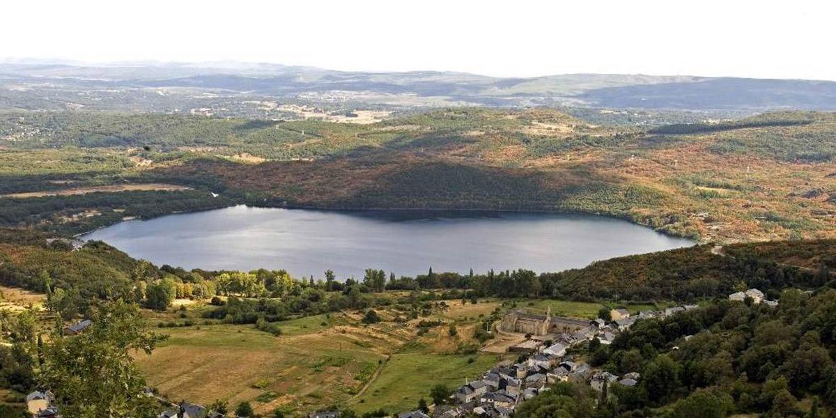 Foto Cabecera Lago de Sanabria. Foto: Turismo de Castilla y León