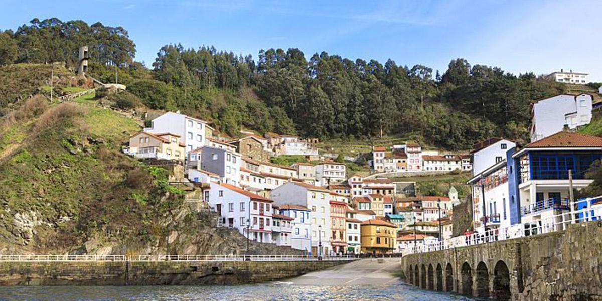 Cudillero, una villa asturiana para visitar con nuestro perro