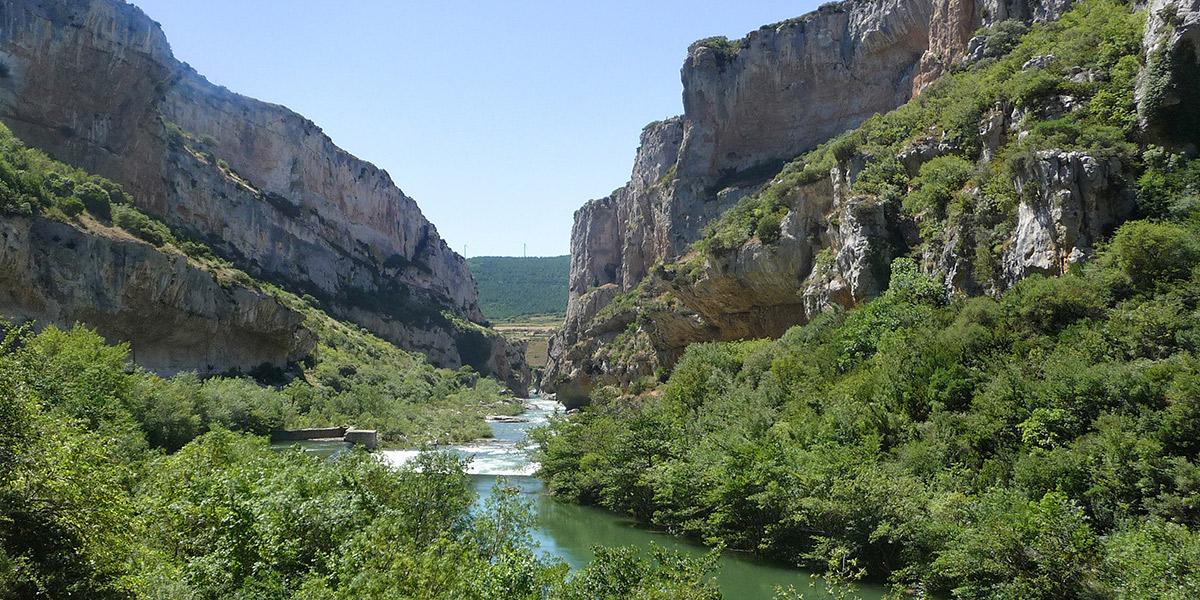 Detalle de la Foz de Lumbier, en la Ruta de los Paisajes de Navarra. Foto: Navarra Turismo