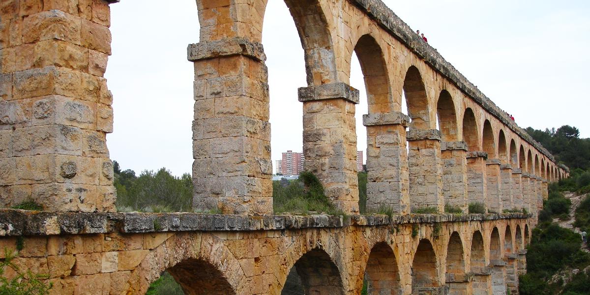 Acueducto de Les Ferreres o Puente del Diablo, para ver con perro en Tarragona