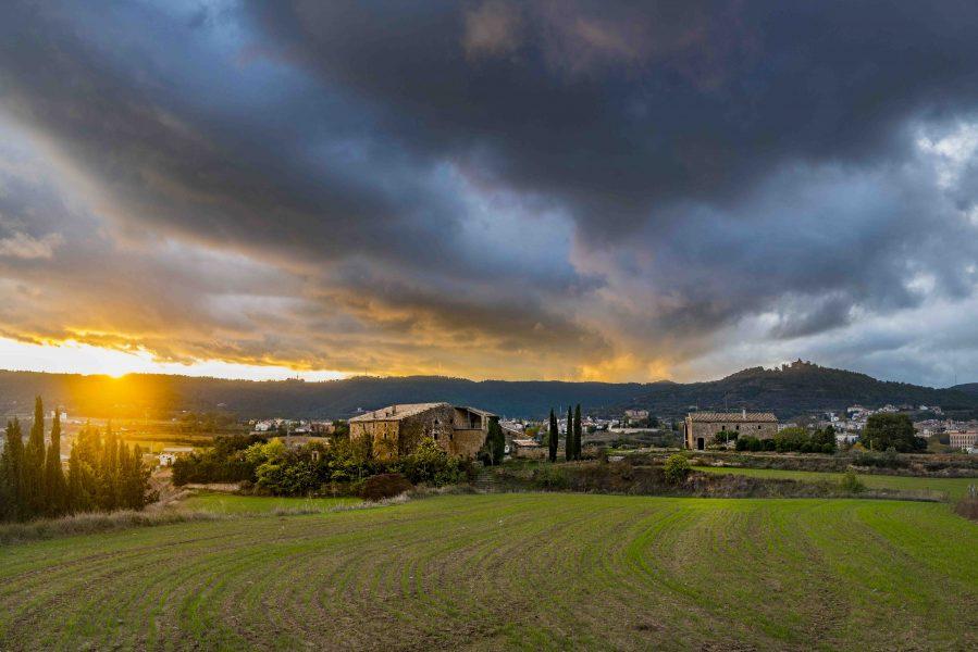 Puesta de sol en la zona de Cal Moset. Volta al Vinyet. Foto: Solsona Turisme