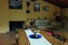 La Granota salón-comedor de chimenea