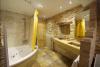 Baño con bañera de hidromasaje